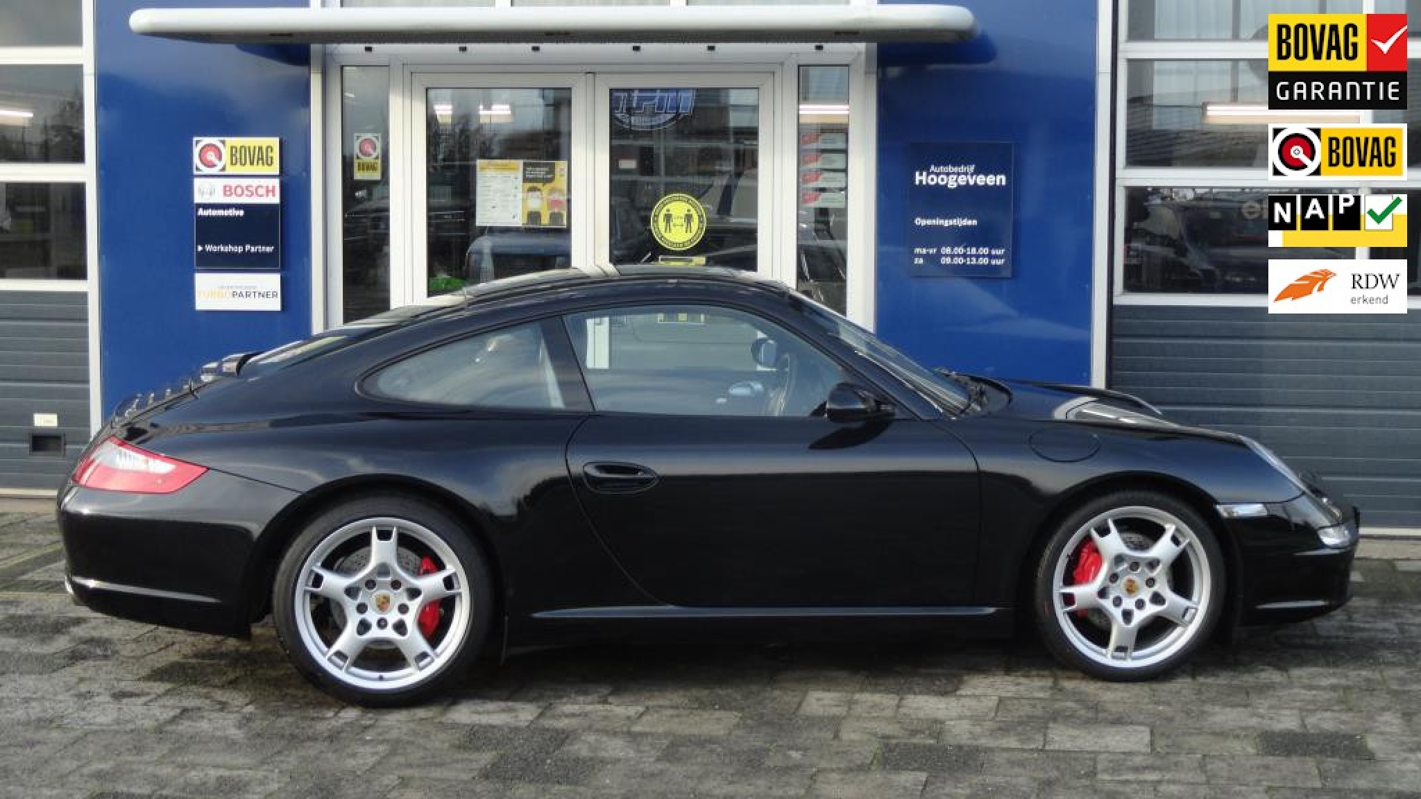 Porsche-911-0
